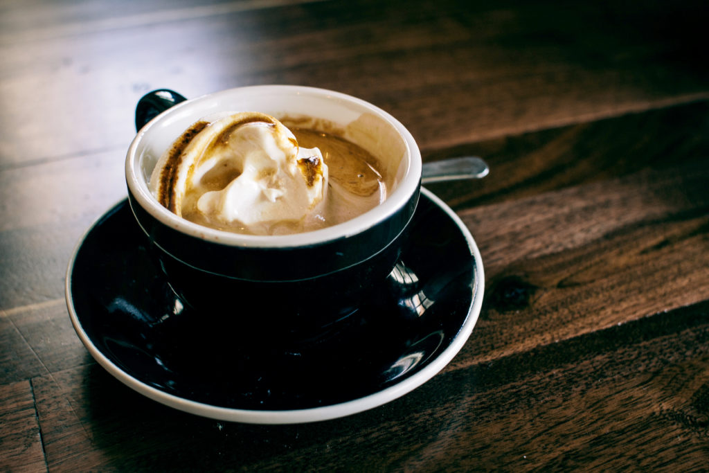 Чаша Кафе Амарето